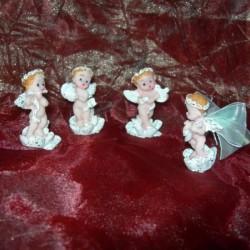 Ангелчета с музикални инструменти