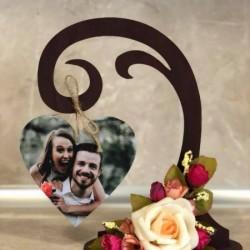 Подарък за св. Валентин, подарък за годишнина. Дървена стойка със снимка
